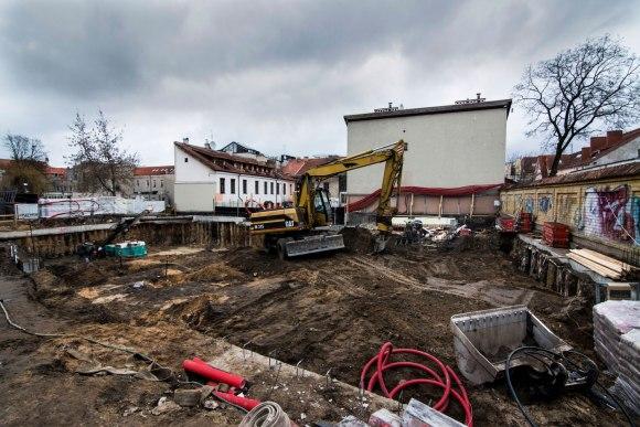 Slėptuvė Vilniaus gatvėje - griovimo darbai