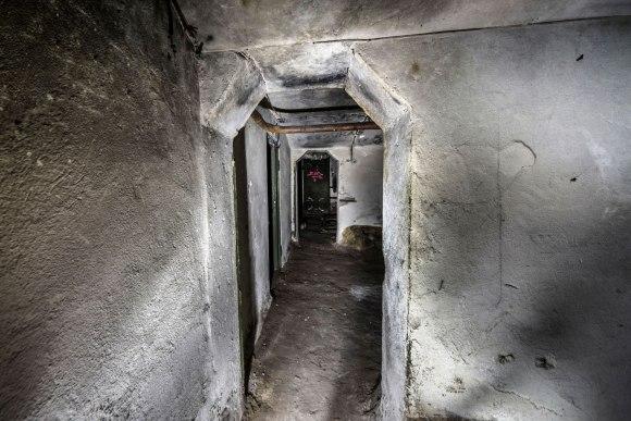 Slėptuvė Pušų gatvėje - sujungimas tarp patalpų
