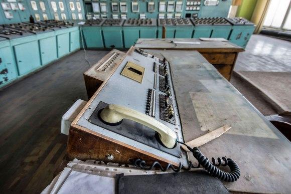 Apleista katilinė - telefono komutatorius