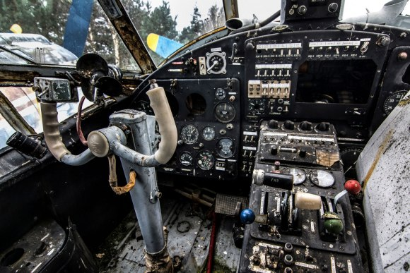 Apleistas lėktuvas - piloto vieta