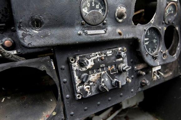 Apleistas lėktuvas - radio mazgas