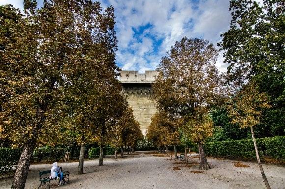 FLAK bokštas parke