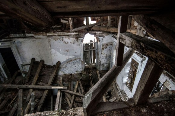 Sugriuvusios patalpos