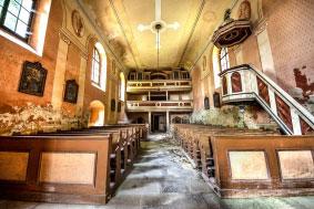 Apleista bažnyčia