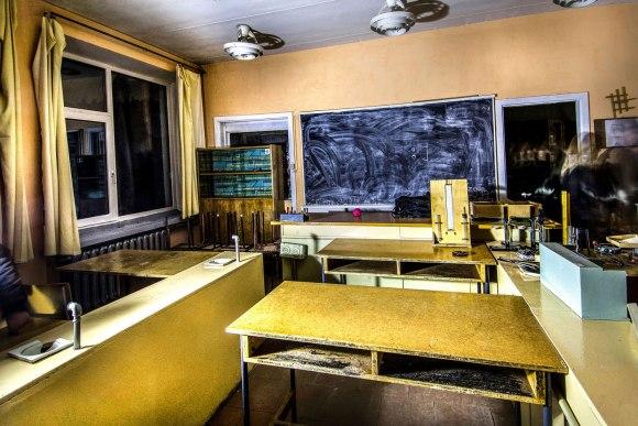 Lenta ir mokytojo stalas