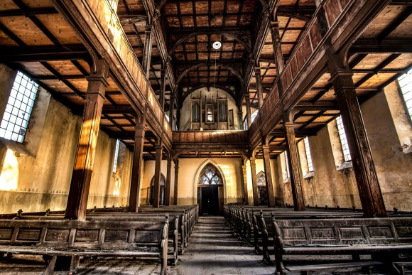 Apleista evangelikų bažnyčia