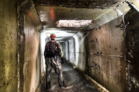 Tunelis ir skylė