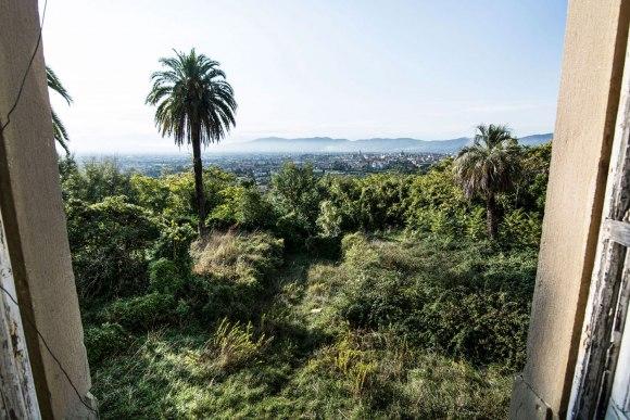 Apleista ligoninė - rudeniška Italija