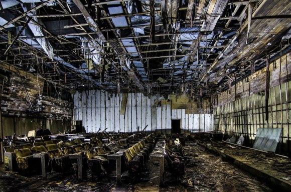 Kino salė - lubos