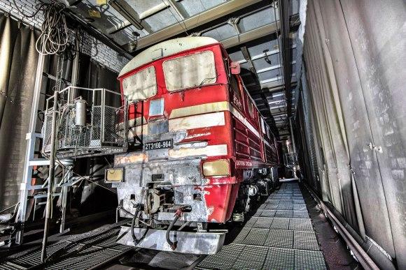 Pradėtas valyti lokomotyvas