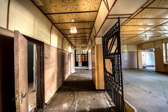 Pirmo aukšto koridorius