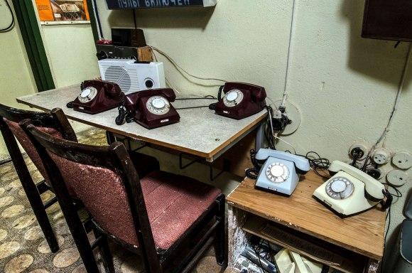 Budinčio karininko stalas