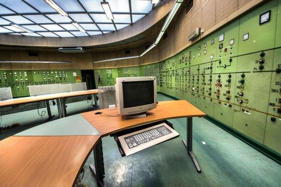 Monitorius ir klaviatūra