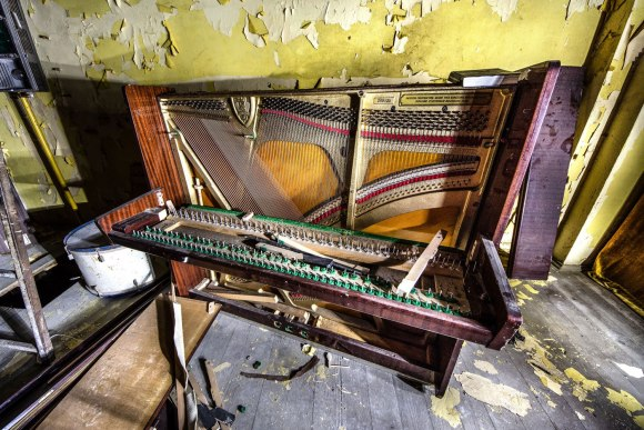 Išardytas fortepijonas