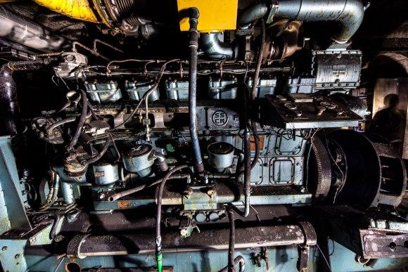 Mažino linija - generatorius