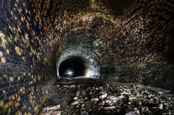 Šviesa tunelyje