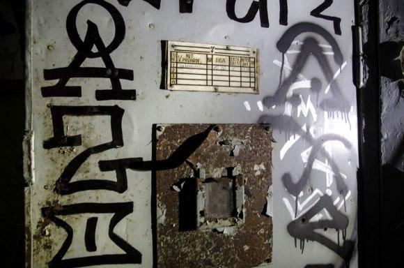 Kameros durys