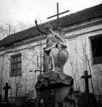 Skulptūra kapinėse