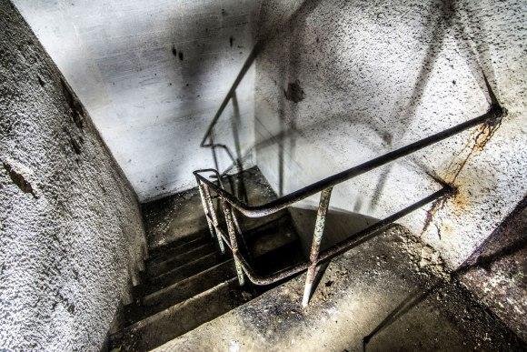 Regenwurmlager - laiptai iš viršaus
