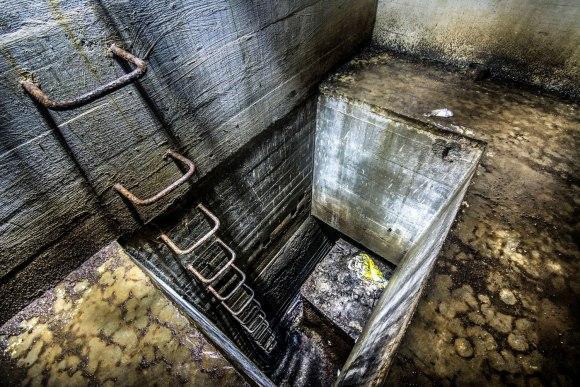 Regenwurmlager - laiptai link kuro saugyklos