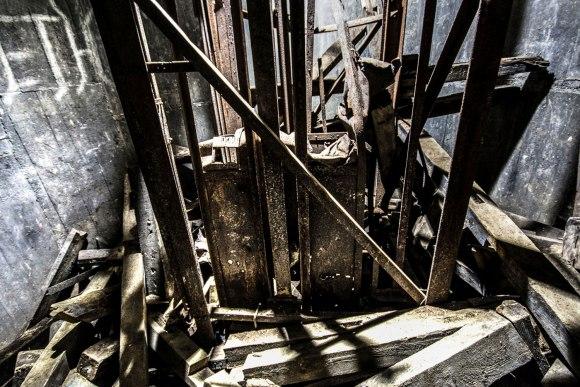 Regenwurmlager - nukritęs liftas