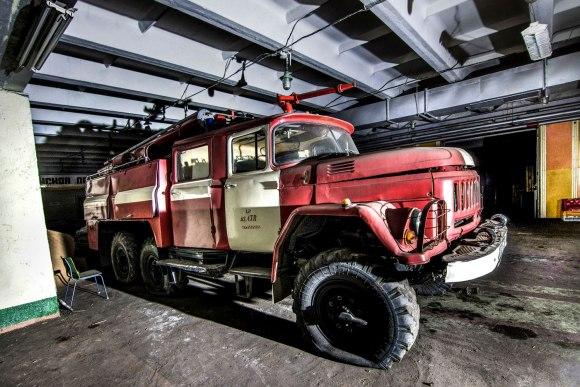 Apleistas gaisrinės automobilis