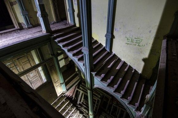 Laiptai kampu