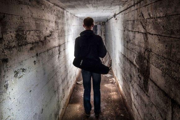 Tunelis link atsarginio išėjimo